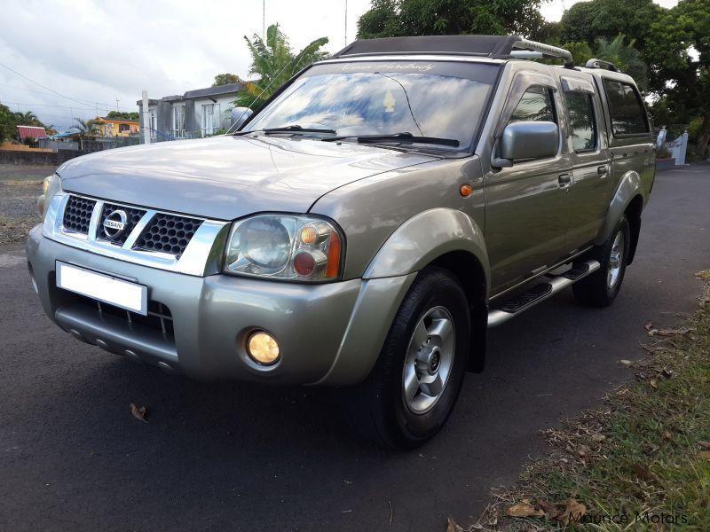 2006 Nissan Hardbody (4x4) car Photos - Manual Transmissions