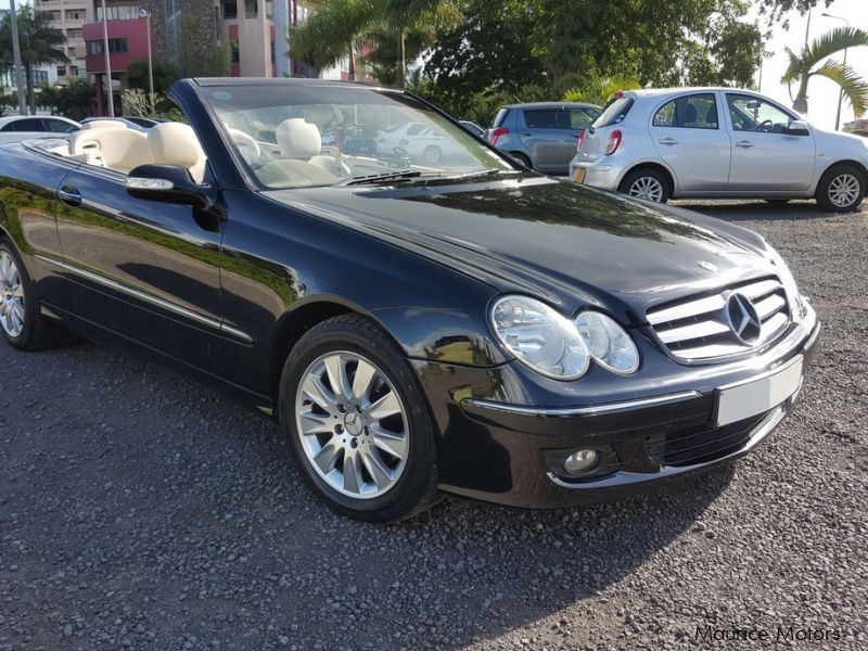 Used mercedes benz convertible clk 200 2007 convertible for Private sale mercedes benz