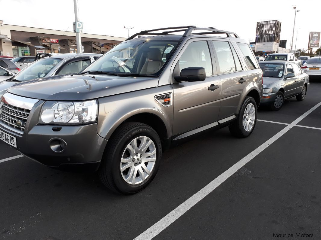 used land rover freelander 2 v6 2008 freelander 2 v6 for sale beau bassin land rover. Black Bedroom Furniture Sets. Home Design Ideas