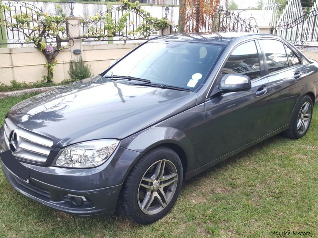 Used mercedes benz w204 2008 w204 for sale plaine for Private sale mercedes benz