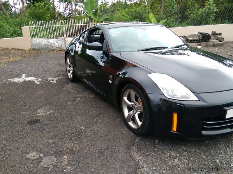 used nissan 350z 2008 350z for sale quatre bornes nissan 350z sales nissan 350z price rs. Black Bedroom Furniture Sets. Home Design Ideas