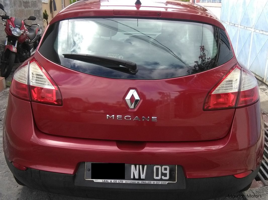 used renault megane mk 3 berline 2009 megane mk 3 berline for sale port louis renault megane. Black Bedroom Furniture Sets. Home Design Ideas