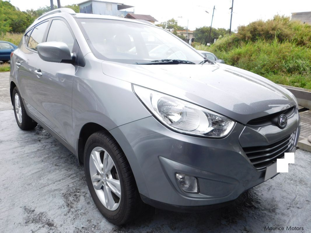 used hyundai ix35 blue silver 2010 ix35 blue silver. Black Bedroom Furniture Sets. Home Design Ideas