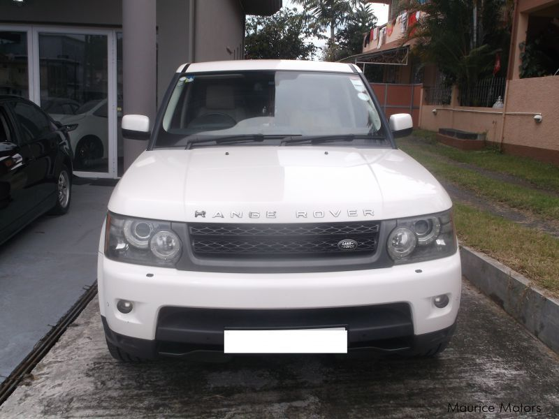 used land rover range rover hse sport turbo 2010 range rover hse sport turbo for sale. Black Bedroom Furniture Sets. Home Design Ideas