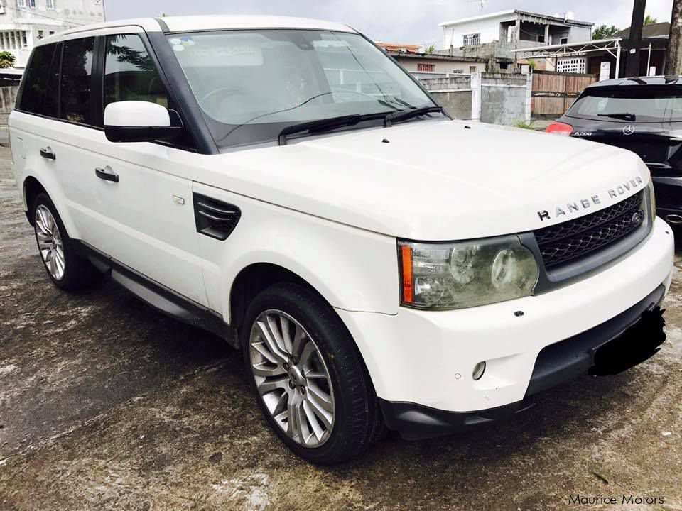used land rover range rover hse sport steptronic year 2010 3 0 turbo diesel 2010 range rover. Black Bedroom Furniture Sets. Home Design Ideas