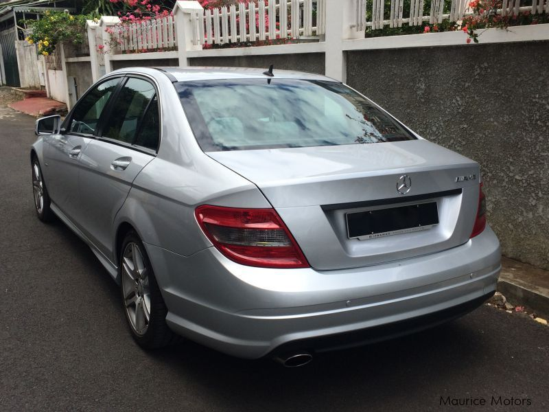 used mercedes benz c 180 amg sport pack 2010 c 180 amg sport pack for sale beau bassin. Black Bedroom Furniture Sets. Home Design Ideas