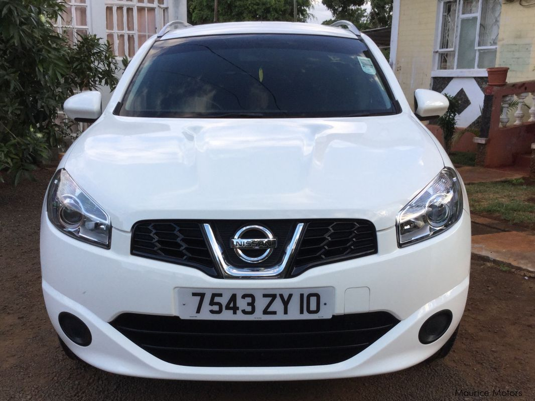 used nissan qashqai 2 2010 qashqai 2 for sale notre dame nissan qashqai 2 sales. Black Bedroom Furniture Sets. Home Design Ideas