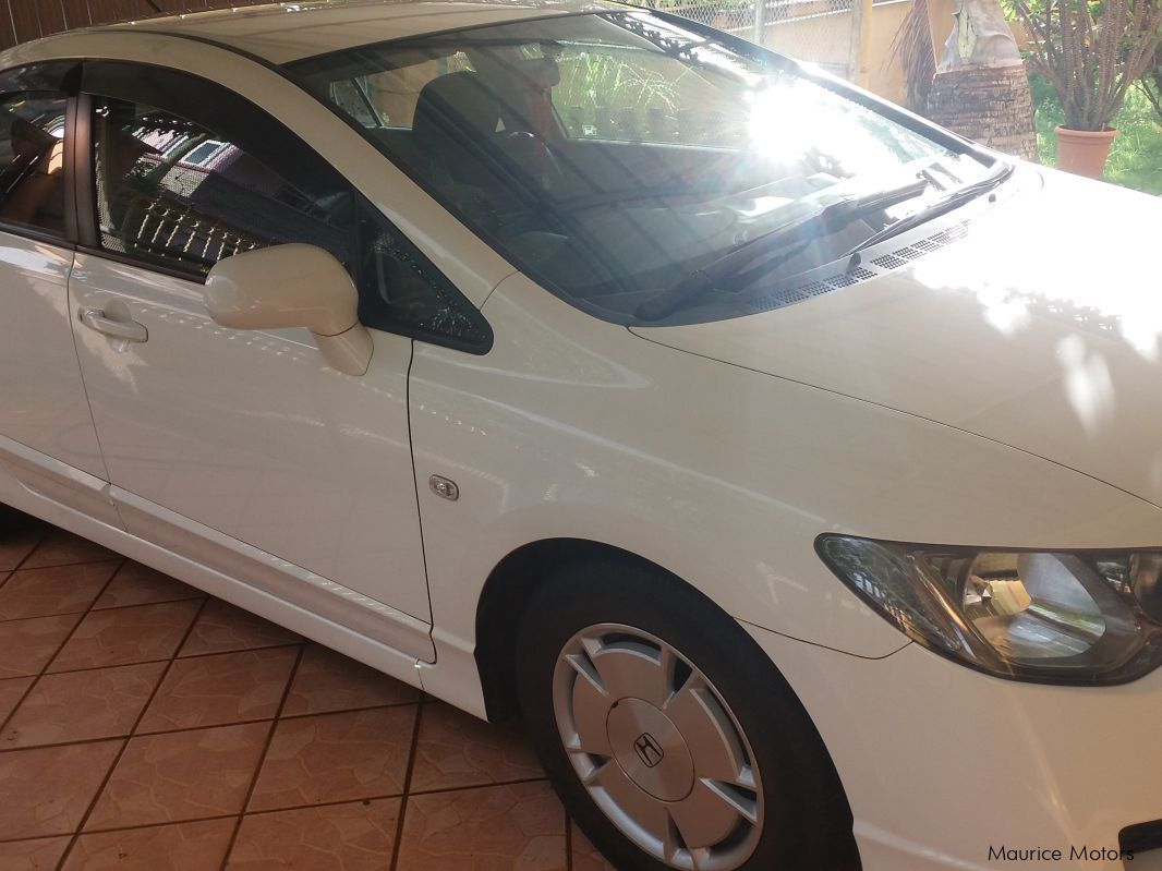 used honda civic hybrid 2011 civic hybrid for sale baillache honda civic hybrid sales. Black Bedroom Furniture Sets. Home Design Ideas