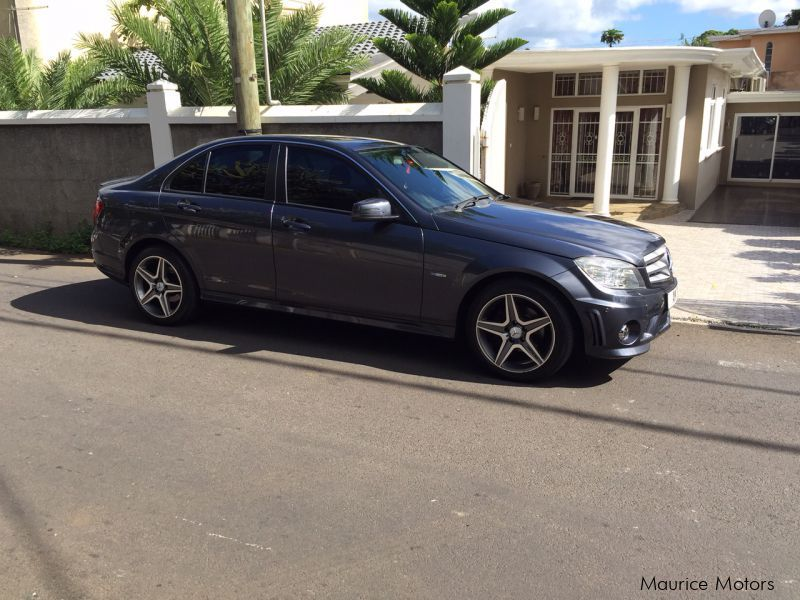 Used mercedes benz c 180 2011 c 180 for sale beau for Private sale mercedes benz