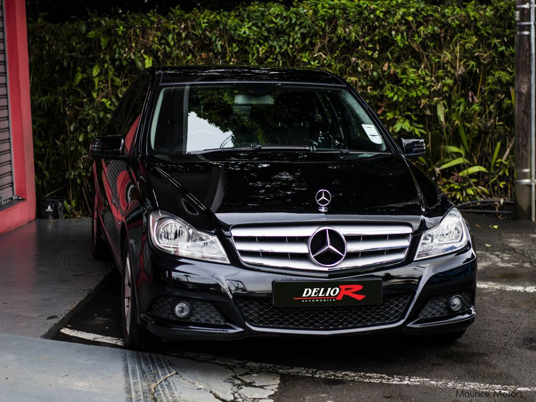 Used mercedes benz c180 2011 c180 for sale vacoas for Mercedes benz c 180