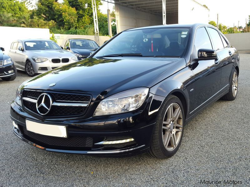used mercedes benz c180 kompressor 2011 c180 kompressor. Black Bedroom Furniture Sets. Home Design Ideas
