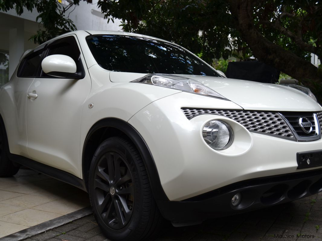 used nissan juke 2011 juke for sale quatre bornes nissan juke sales nissan juke price rs. Black Bedroom Furniture Sets. Home Design Ideas