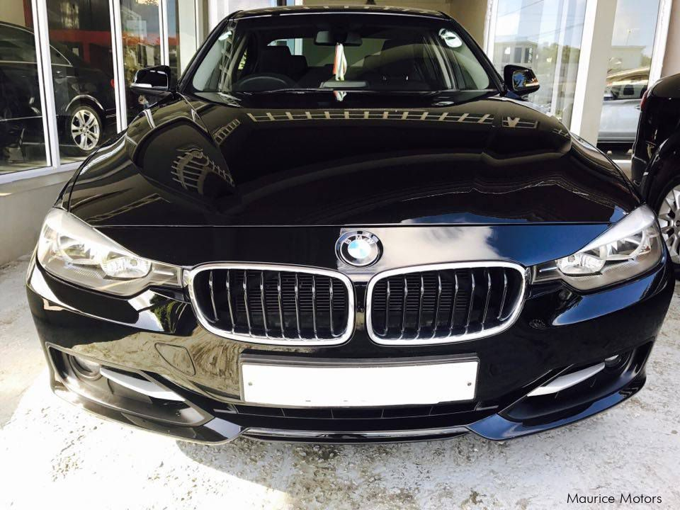 used bmw 320i f30 sport pack twin power turbo 2012. Black Bedroom Furniture Sets. Home Design Ideas