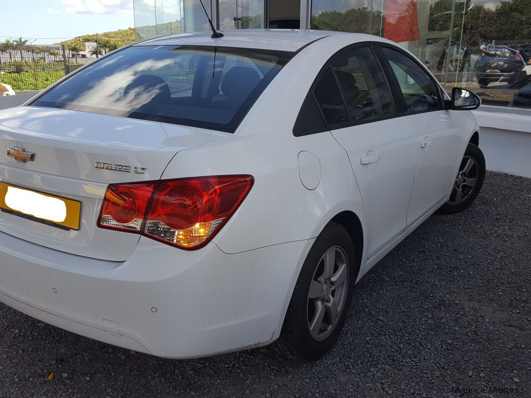 used chevrolet cruze 2012 cruze for sale ebene chevrolet cruze sales chevrolet cruze price. Black Bedroom Furniture Sets. Home Design Ideas