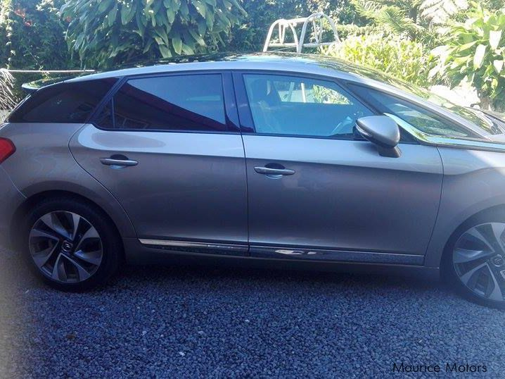 used citroen ds5 sport chic 2012 ds5 sport chic for sale port louis citroen ds5 sport chic. Black Bedroom Furniture Sets. Home Design Ideas