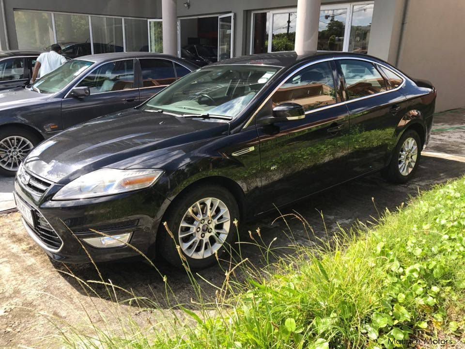 used ford mondeo executive one owner manual 6 speed 2012 mondeo executive one owner. Black Bedroom Furniture Sets. Home Design Ideas
