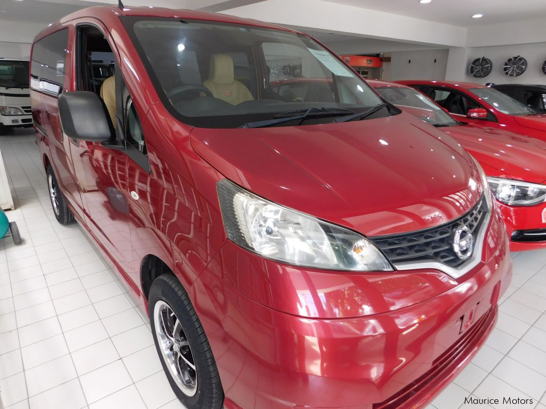 used nissan nv200 special edition red 2012 nv200 special edition red for sale rose hill. Black Bedroom Furniture Sets. Home Design Ideas