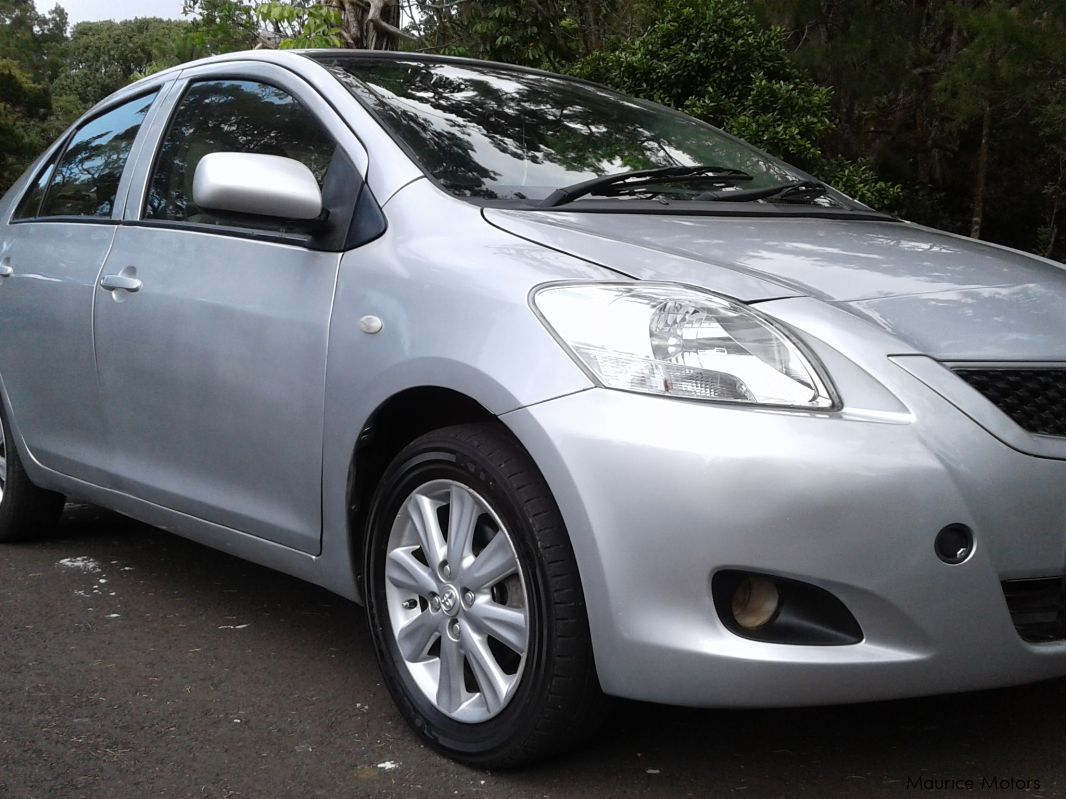 used toyota yaris 2012 yaris for sale curepipe toyota yaris sales toyota yaris price rs. Black Bedroom Furniture Sets. Home Design Ideas