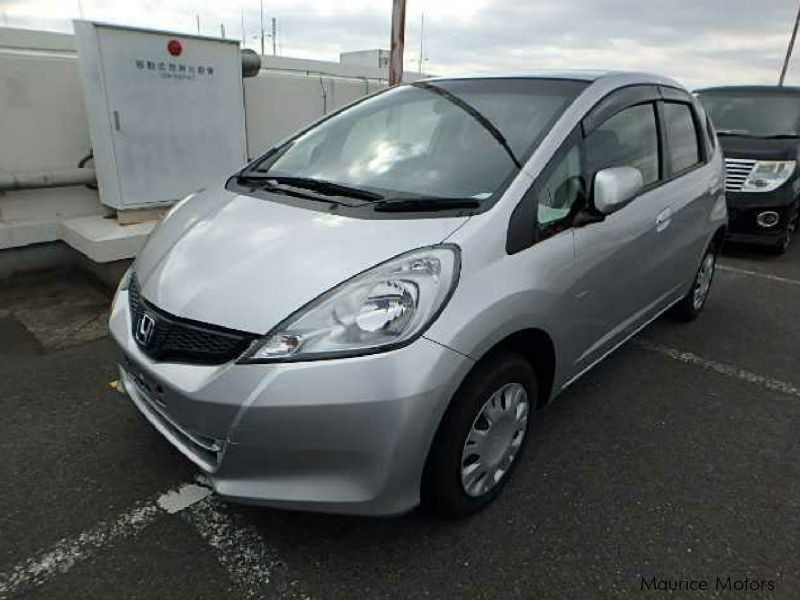 Used honda fit smart selection 2013 fit smart selection for Honda smart car