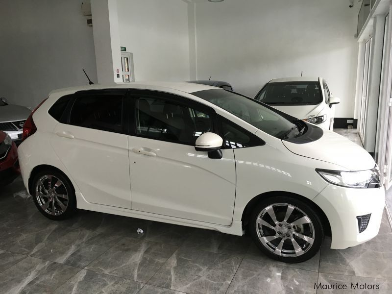 used honda fit manual transmission new shape only 4300km 2013 fit rh mauricemotors mu 2015 honda fit manual for sale 2008 honda fit manual for sale