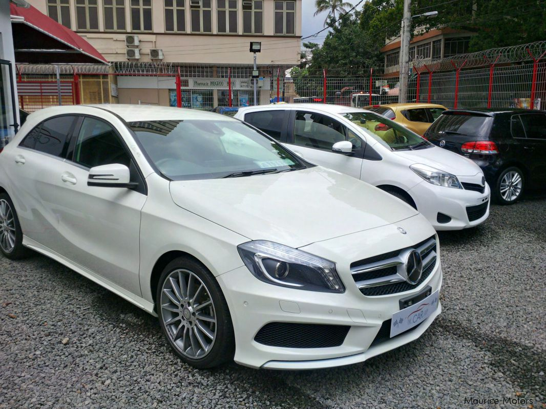 Used mercedes benz a180 sport amg pack 2013 a180 sport for Sporty mercedes benz