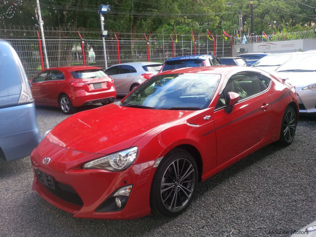 used toyota 86 gt limited 2013 86 gt limited for sale vacoas toyota 86 gt limited sales. Black Bedroom Furniture Sets. Home Design Ideas