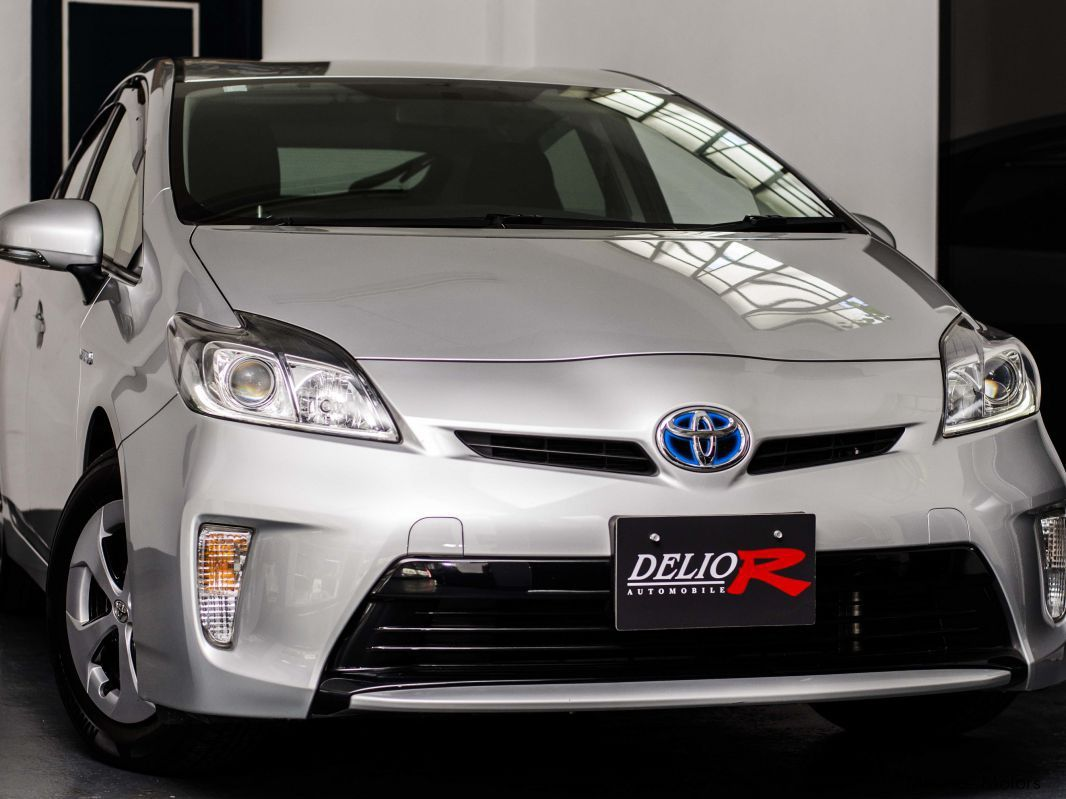 used toyota prius 2013 prius for sale vacoas toyota prius sales toyota prius price sale. Black Bedroom Furniture Sets. Home Design Ideas