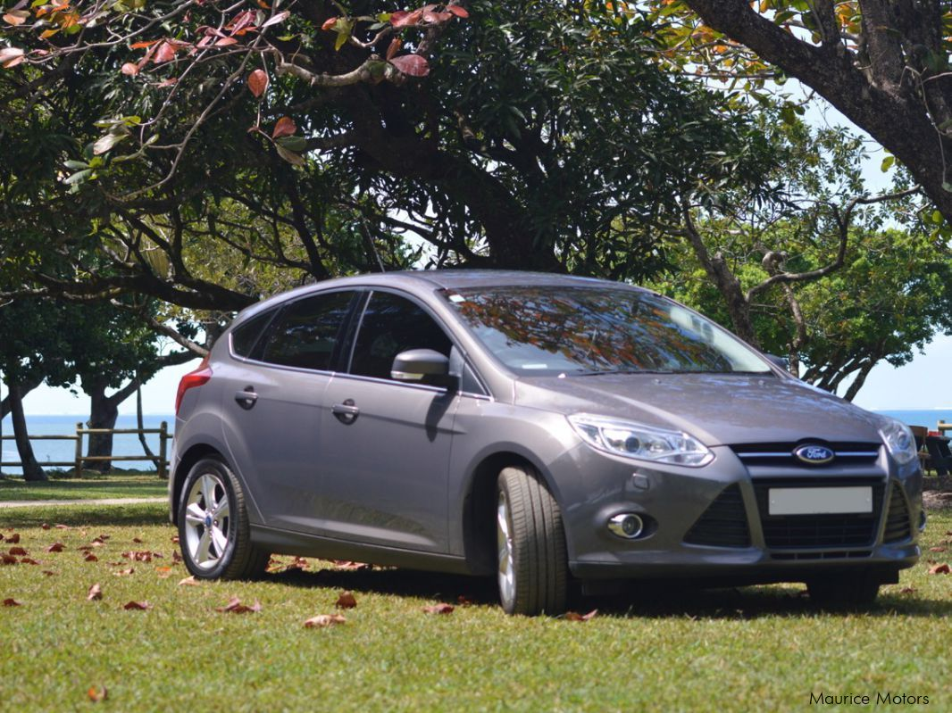 used ford focus titanium mk3 2014 focus titanium mk3 for sale beau bassin ford focus. Black Bedroom Furniture Sets. Home Design Ideas