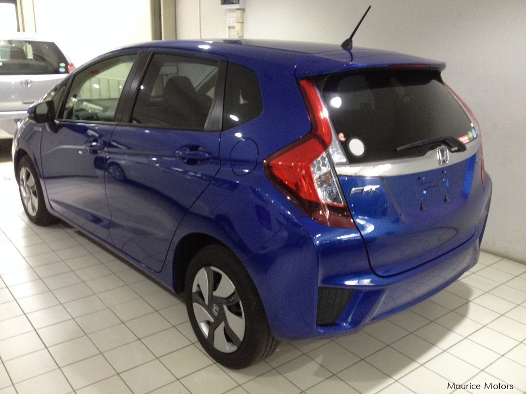 used honda fit hybrid blue 2014 fit hybrid blue for sale rose hill honda fit. Black Bedroom Furniture Sets. Home Design Ideas