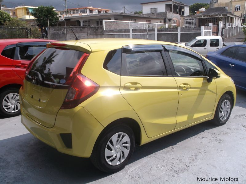 used honda fit low mileage less than 2 y 2014 fit low mileage less than 2 y for sale. Black Bedroom Furniture Sets. Home Design Ideas