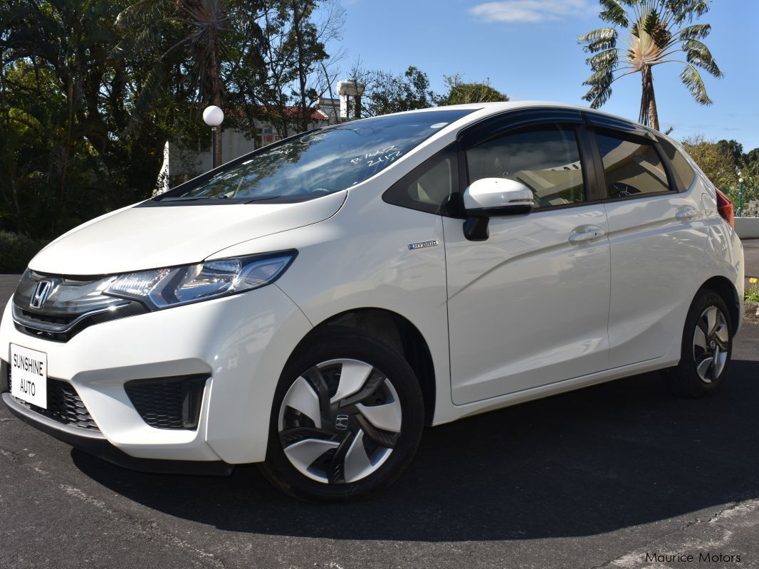 Used honda fit hybrid new shape 2014 fit hybrid new for Used hondas for sale