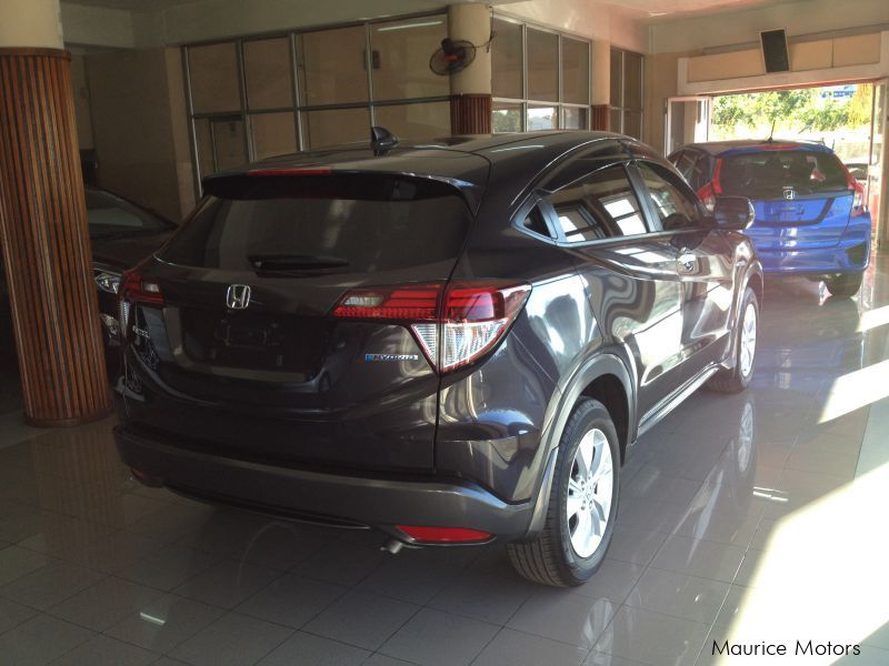 used honda vezel hybrid ardoise model x 2014 vezel hybrid ardoise model x for sale port. Black Bedroom Furniture Sets. Home Design Ideas