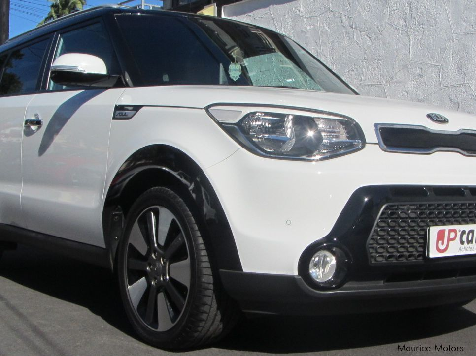 used kia soul 2014 soul for sale belle rose kia soul sales kia soul price rs 725 000. Black Bedroom Furniture Sets. Home Design Ideas