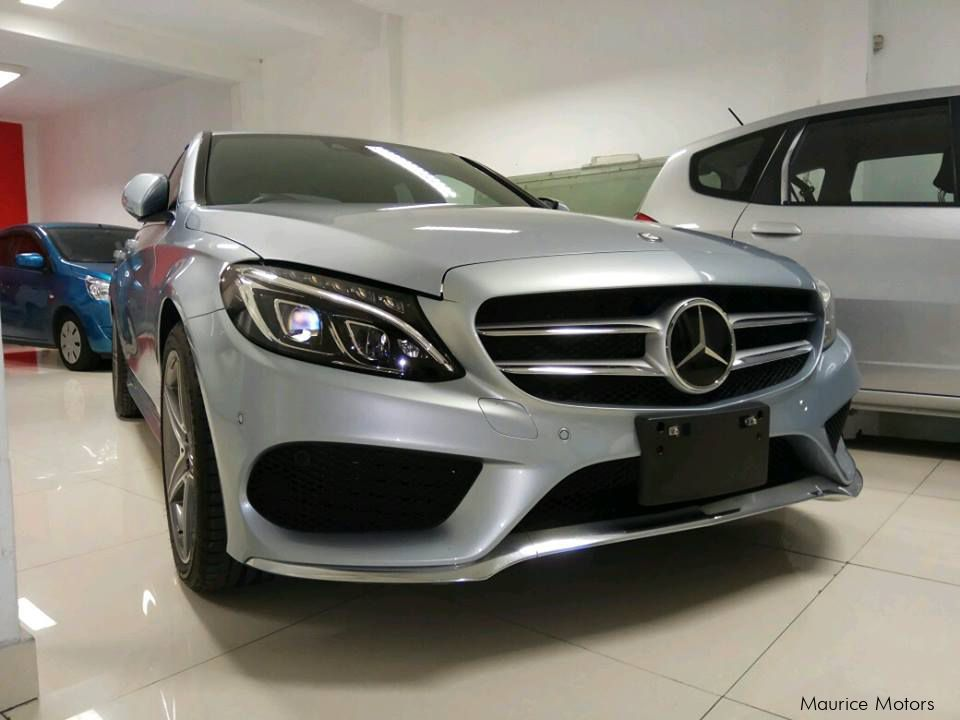 Used mercedes benz c180 2014 c180 for sale port louis for Used mercedes benz cars for sale