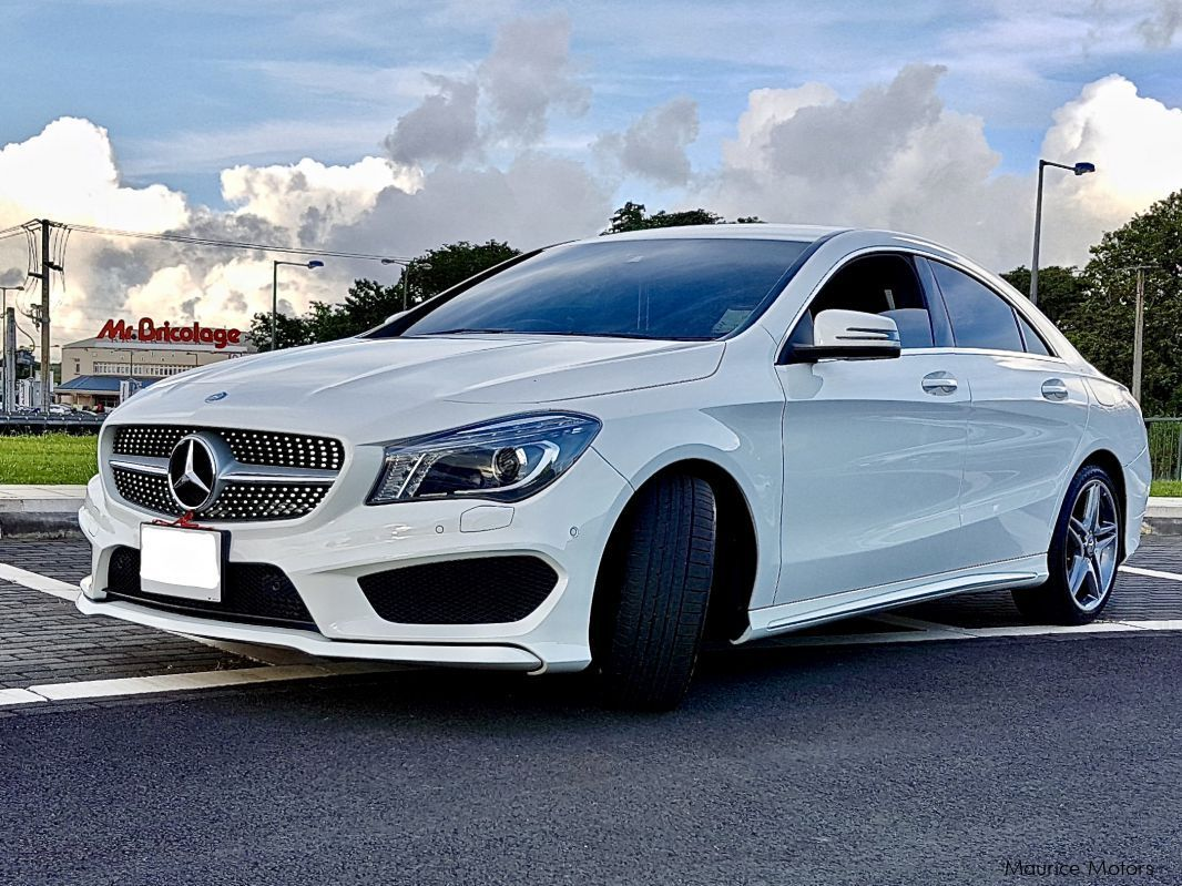 Used mercedes benz cla 180 amg sports edition 2014 cla for Benz sport katalog