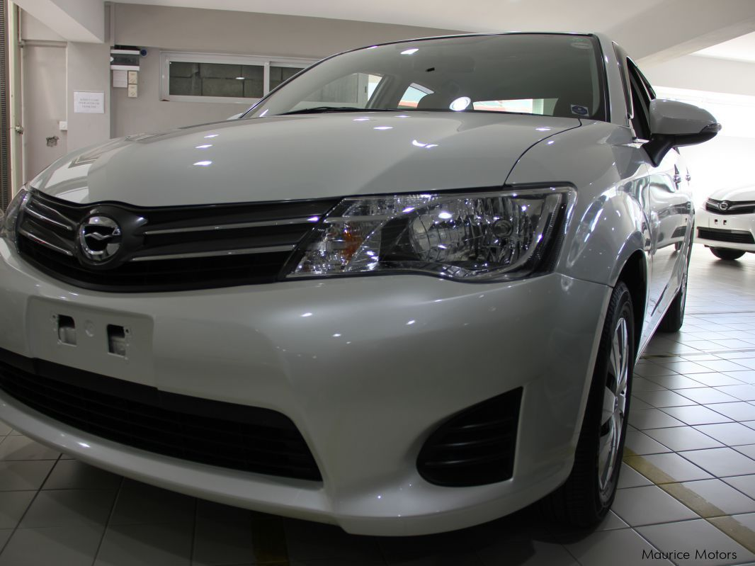 used toyota axio model g manual transmission pearl white 2014 axio model g manual. Black Bedroom Furniture Sets. Home Design Ideas