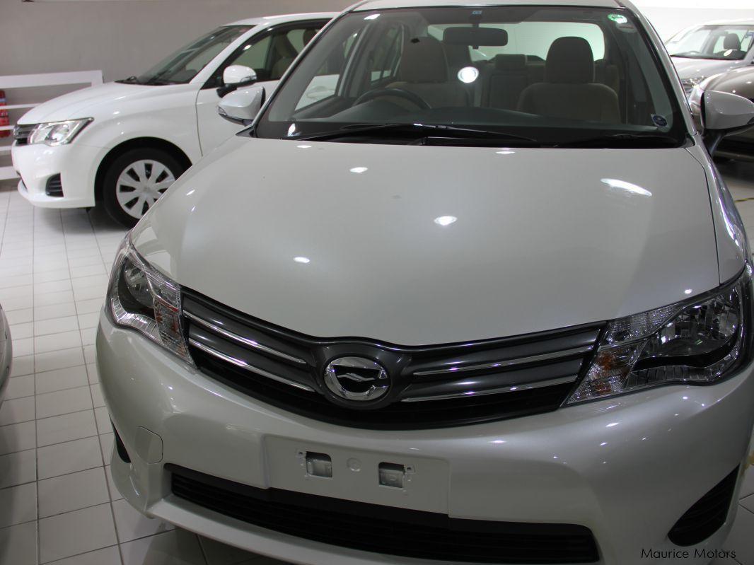 Used Toyota Axio Model G Manual Transmission Pearl White 2014 Axio Model G Manual