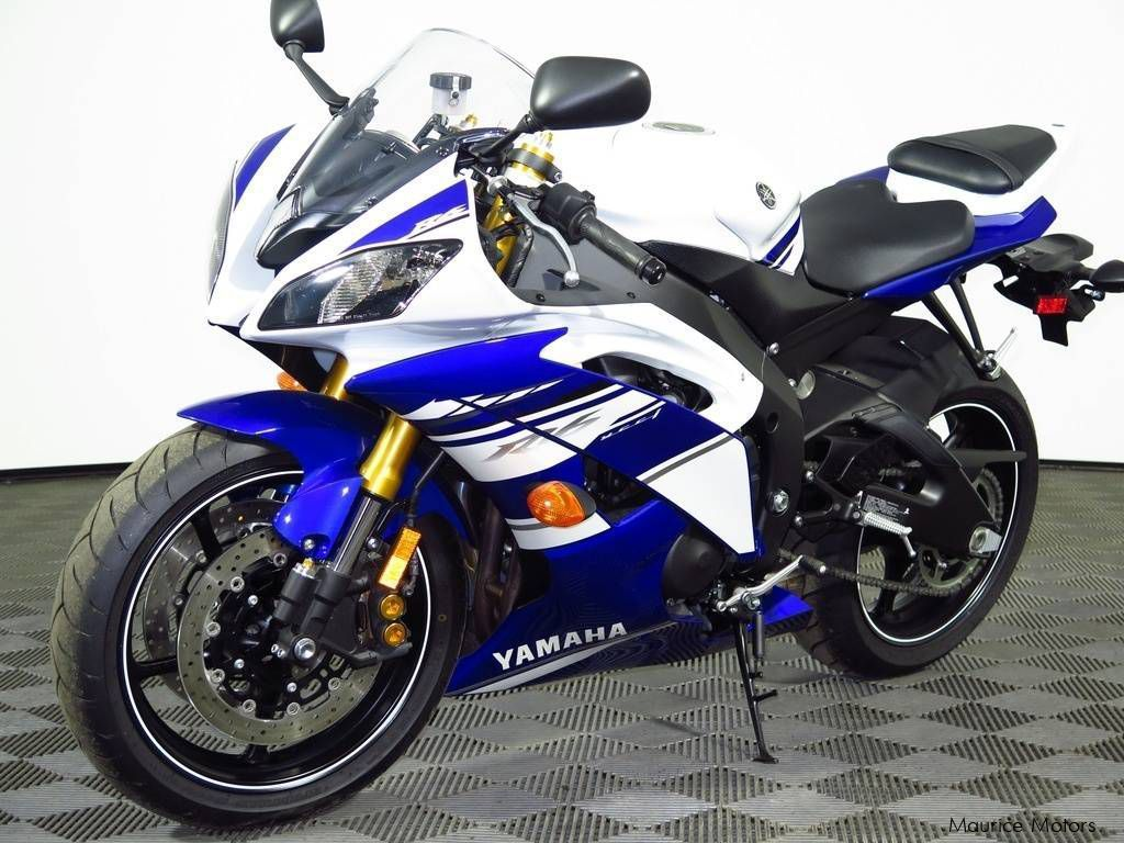 used yamaha yzf r6 2014 yzf r6 for sale kuppan yamaha yzf r6 sales yamaha yzf r6 price rs. Black Bedroom Furniture Sets. Home Design Ideas
