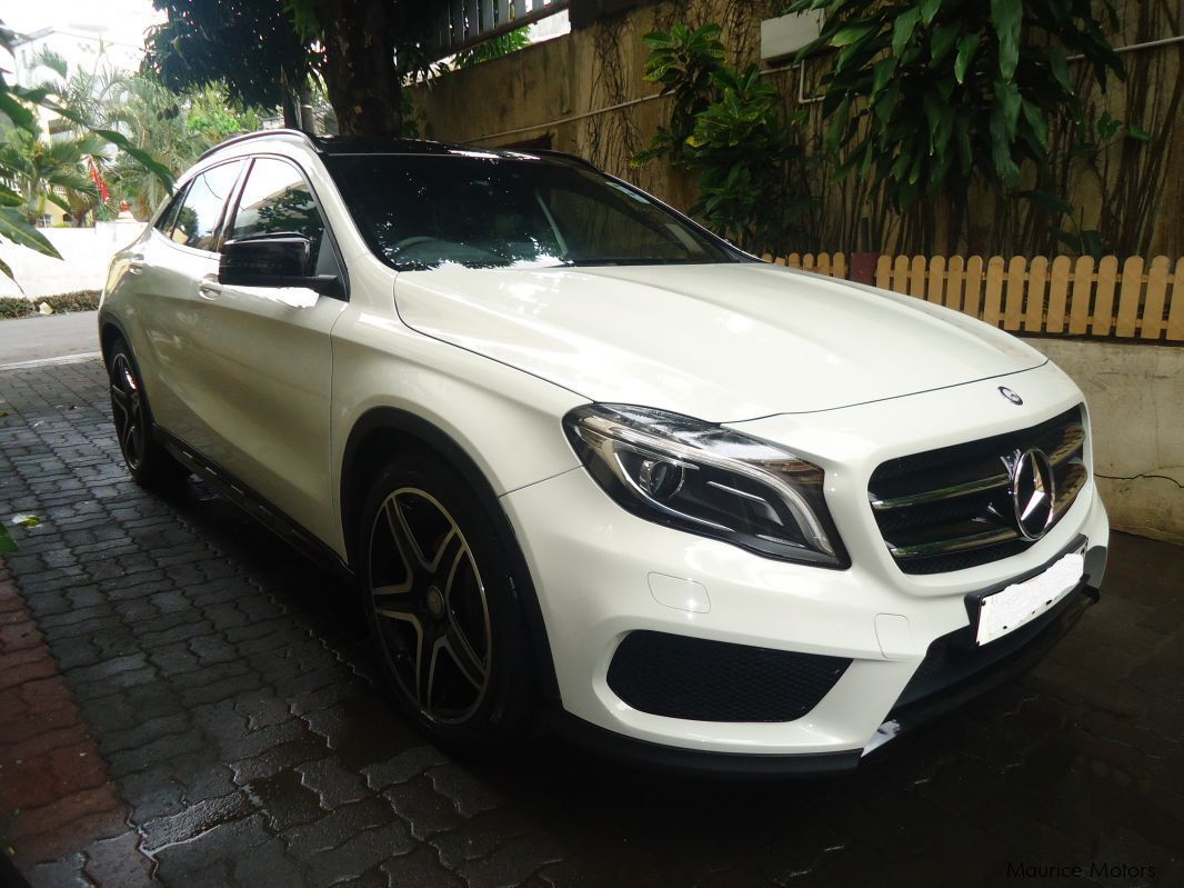 used mercedes benz gla 200 amg 2016 gla 200 amg for sale. Black Bedroom Furniture Sets. Home Design Ideas