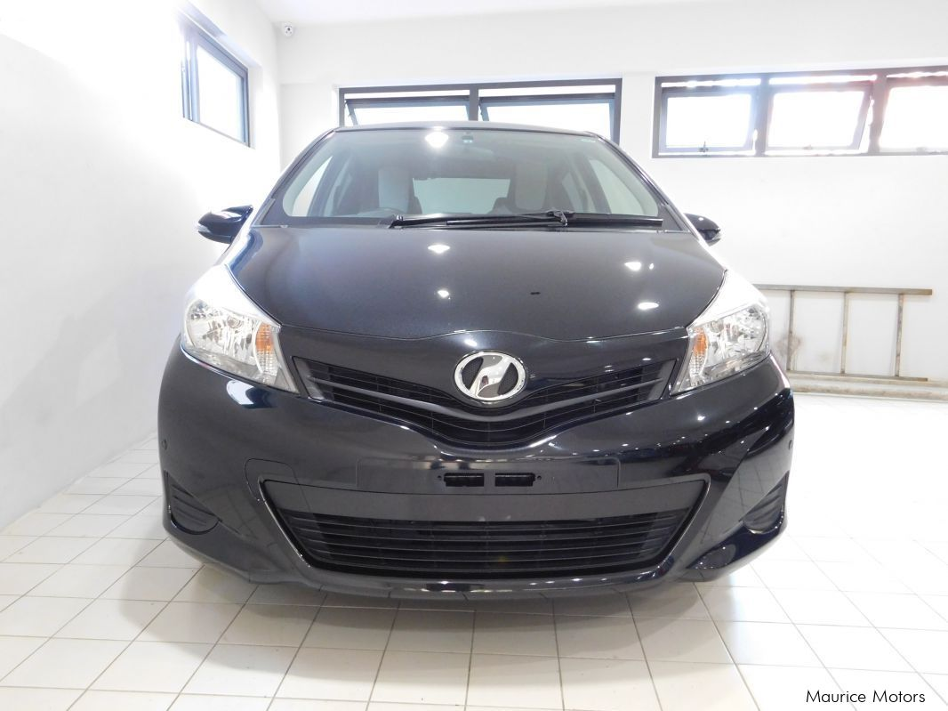 Used Toyota VITZ - PEARL BLACK for sale in Rose Hill