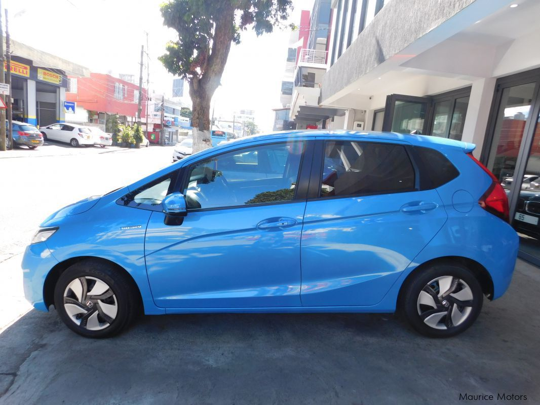 Pre-owned Honda FIT - BLUE - HYBRID for sale in