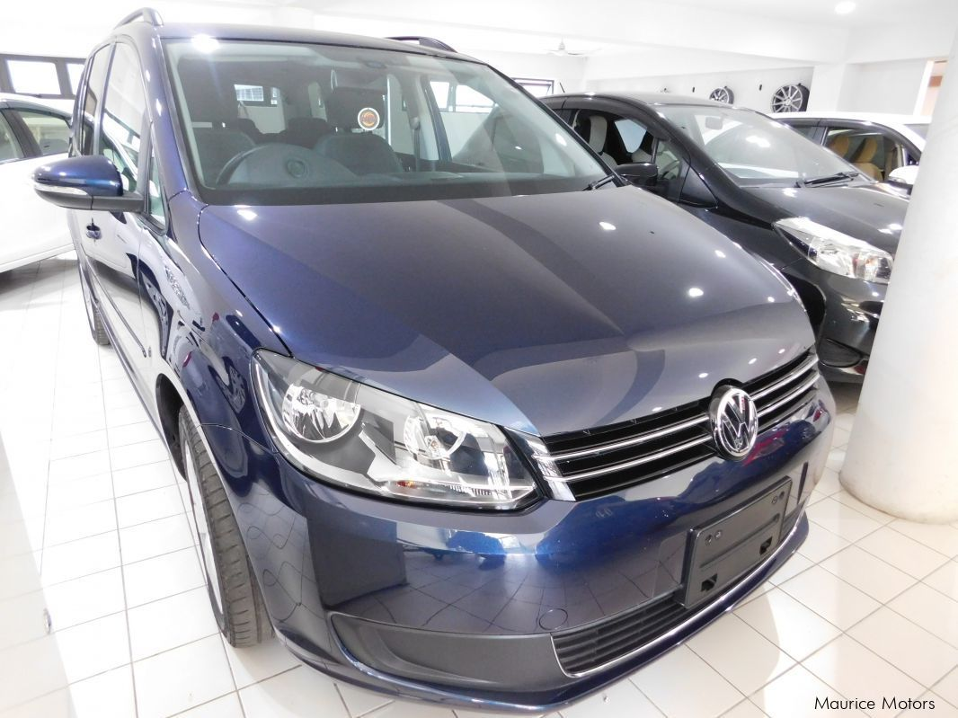 Pre-owned Volkswagen GOLF TOURAN - DARK BLUE for sale in