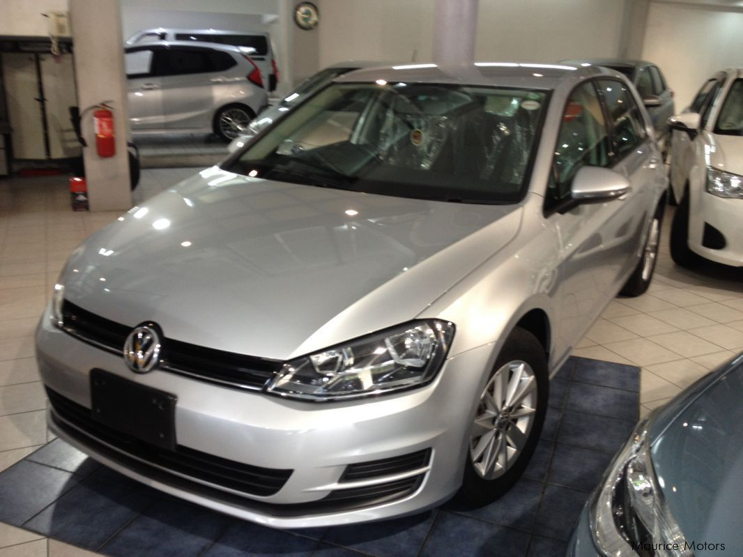 Pre-owned Volkswagen GOLF 1.2 - SILVER for sale in
