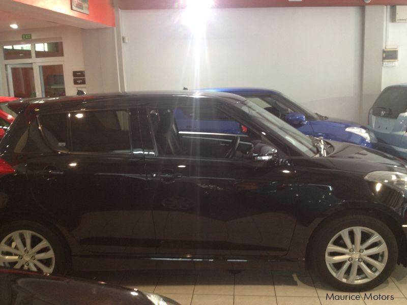 Used Suzuki SWIFT RS - BLACK - XENON LIGHTS for sale in Rose Hill