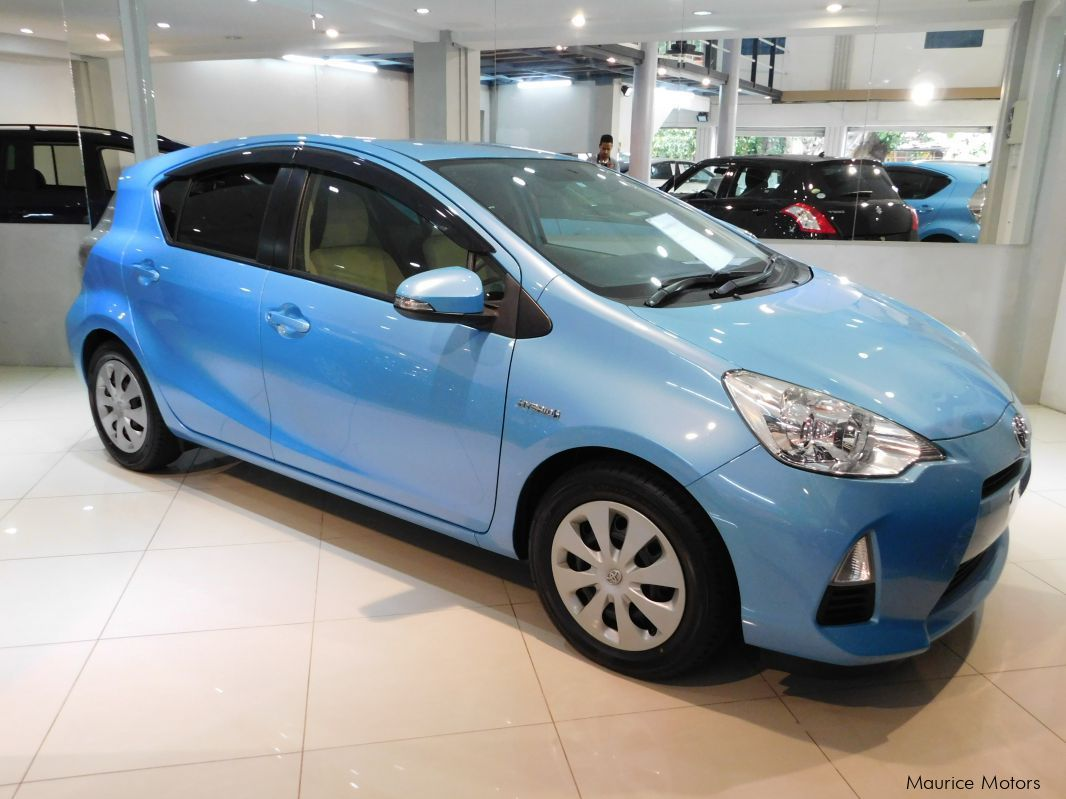 Pre-owned Toyota AQUA - BLUE for sale in