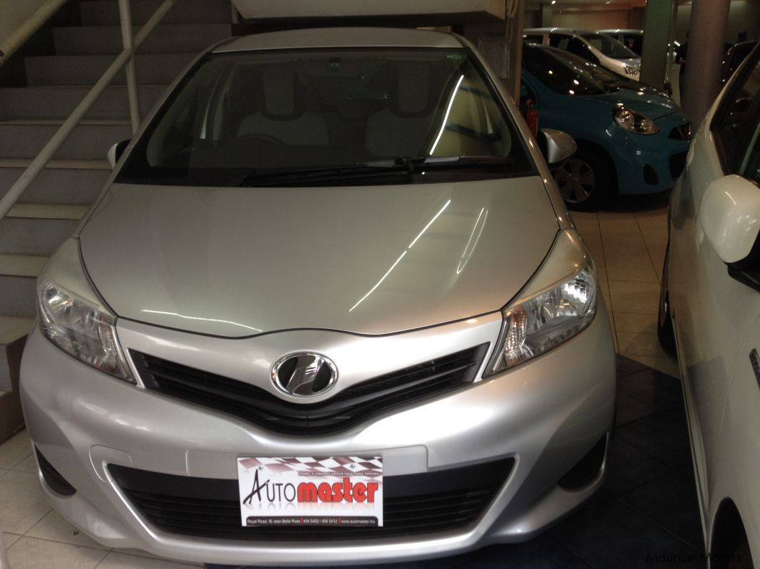 Pre-owned Toyota VITZ - BROWN SILVER for sale in