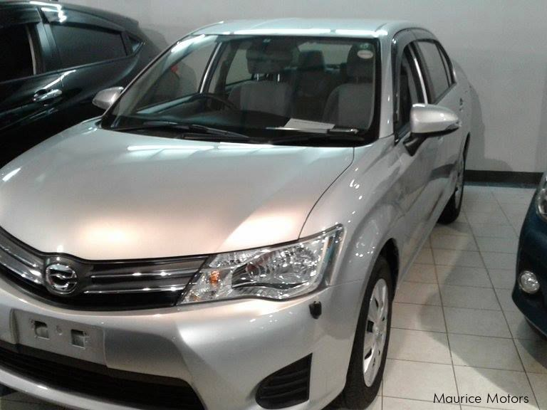 Used Toyota AXIO - SILVER in Mauritius