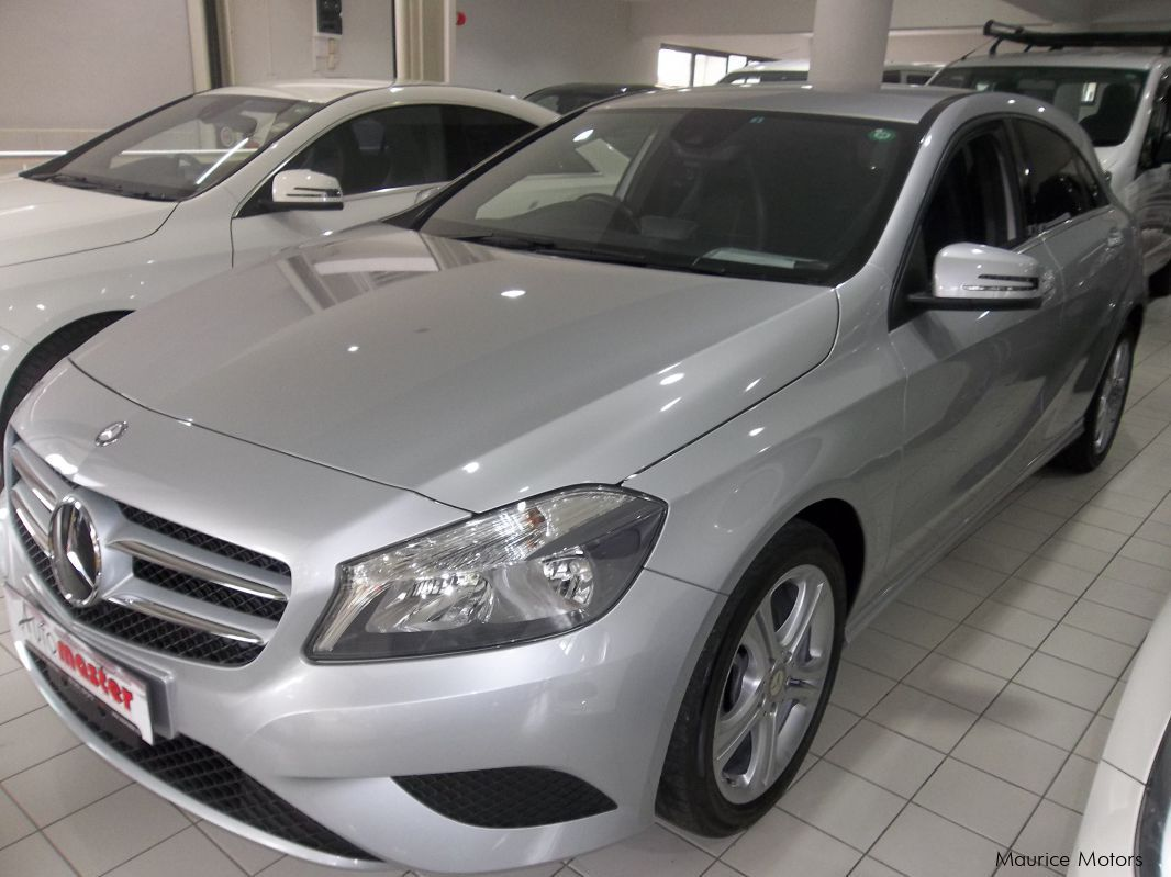 Pre-owned Mercedes-Benz A180 - TURBO - SILVER MET for sale in