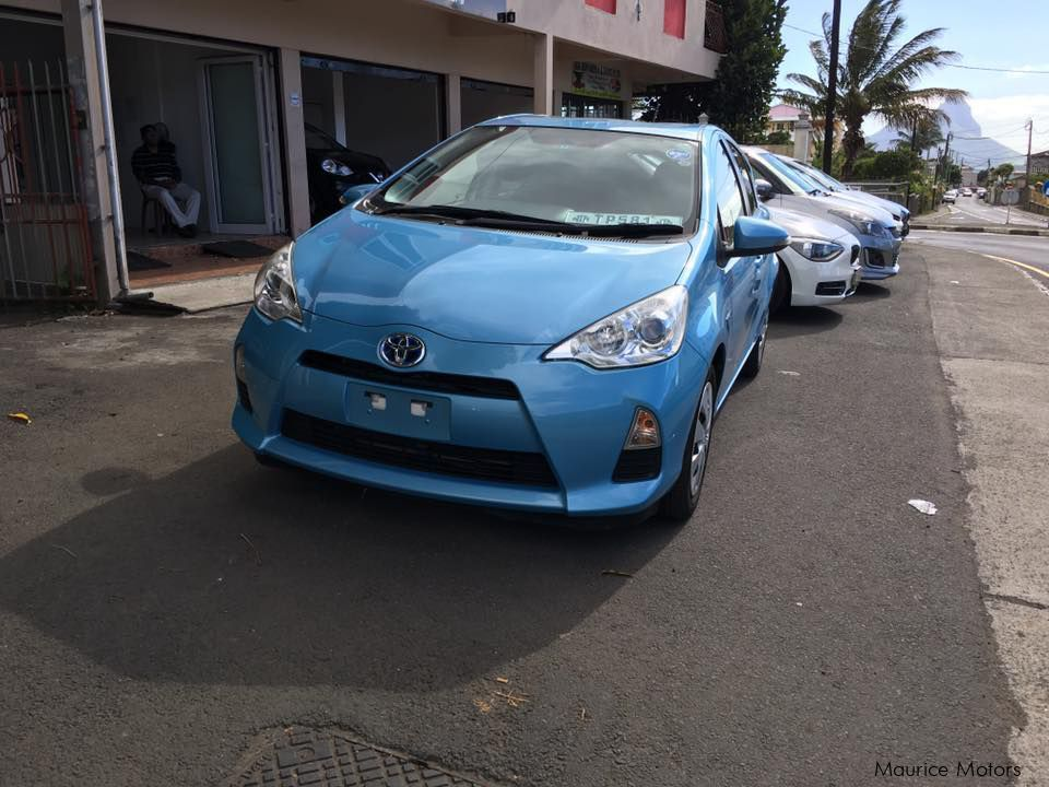 Used Toyota Aqua for sale in Mon Desir , Vacoas