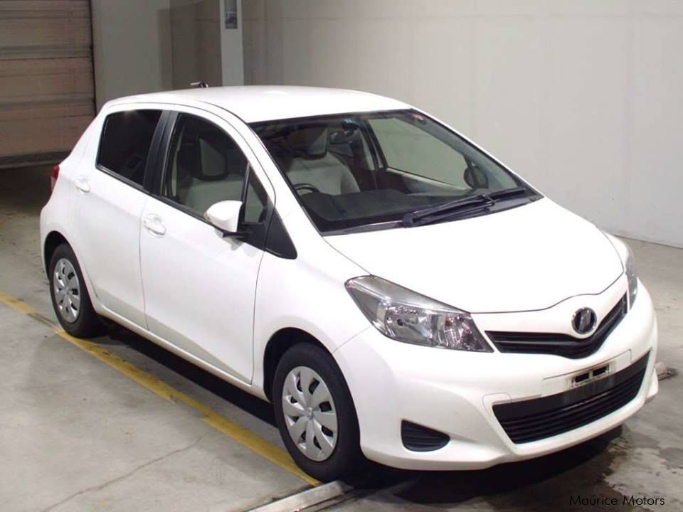 Pre-owned Toyota Vitz Smart Stop for sale in Eau Coulée, Curepipe